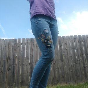Zara embroidered flower denim jeans boho size 4